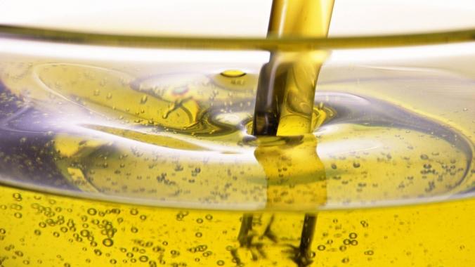 Что полезнее оливковое или подсолнечное масло