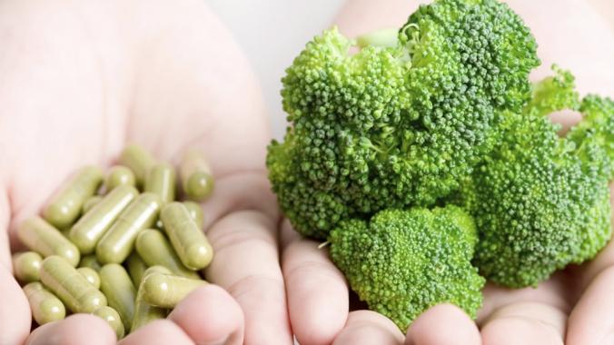 Что полезнее натуральные витамины или искусственные