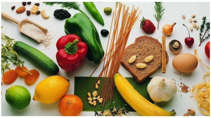 Что полезнее: белки или углеводы