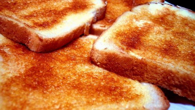 Что полезнее: хлеб или тосты
