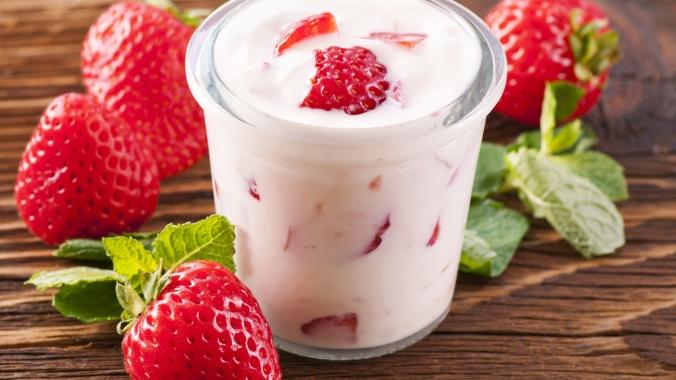 Что полезнее: йогурт или кефир